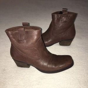 Nine West Size 8M Brown Boots Booties Leather